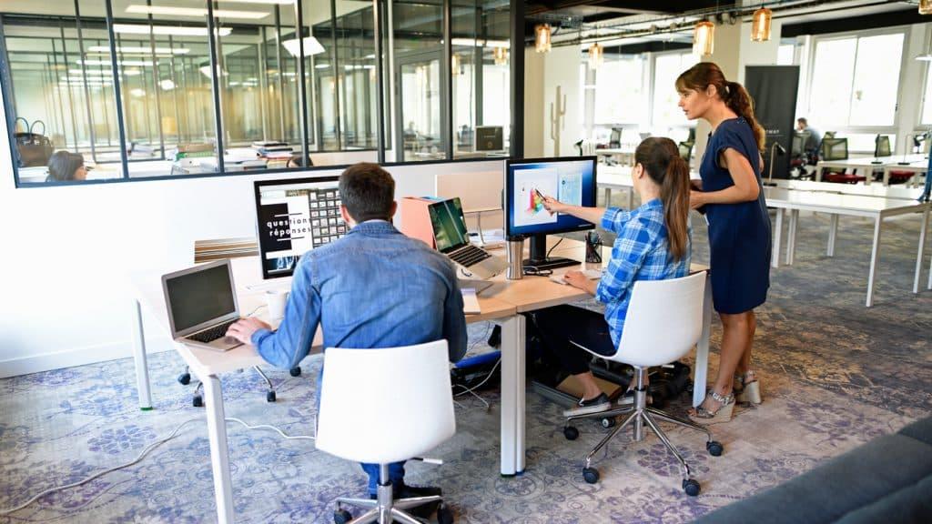 bureaux louer coworking paris domiciliation r union. Black Bedroom Furniture Sets. Home Design Ideas