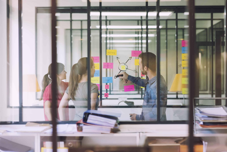 salle de réunion créative à Paris au sein de l'espace de coworking et centre d'affaires Paris