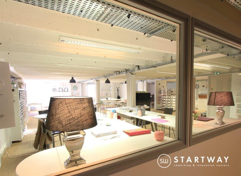 feucherolles coworking plaine de versailles 10 coworking ecosyst me centre d 39 affaires bureaux. Black Bedroom Furniture Sets. Home Design Ideas