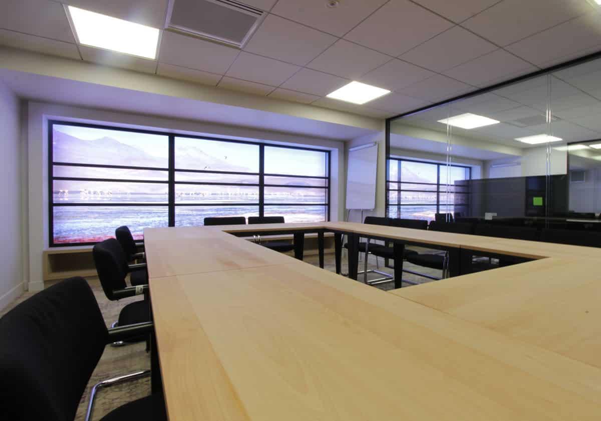 salle de r union coworking ecosyst me centre d 39 affaires bureaux r union domiciliation. Black Bedroom Furniture Sets. Home Design Ideas