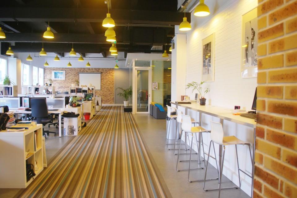 start way bureaux de travail en coworking montrouge paris 14 me. Black Bedroom Furniture Sets. Home Design Ideas