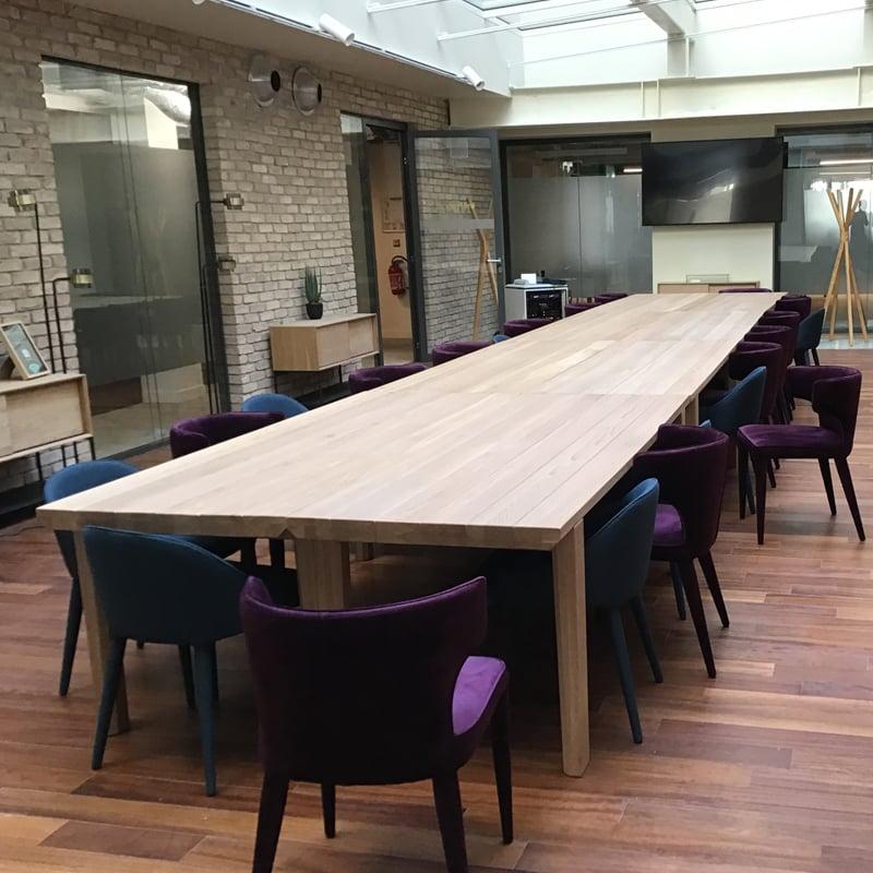 Salle de réunion espace de coworking dans le 9ème arrondissement de Paris Saint Lazare