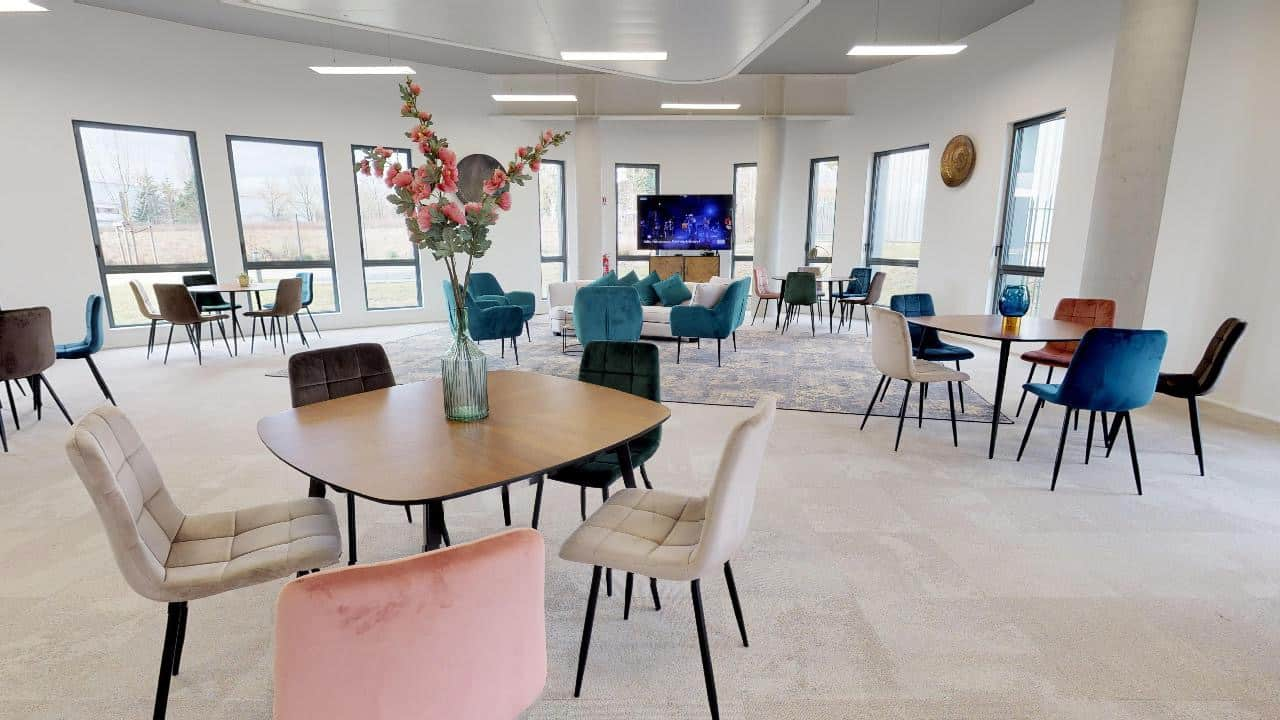 Salle de réunion à Limonest à l'ouest de Lyon. Salle de formation, creative room.