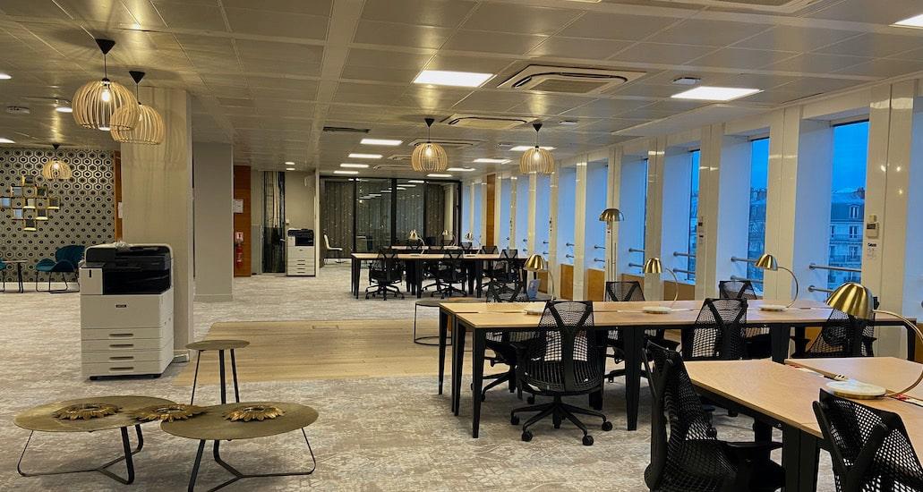 Startway Espace de coworking et bureaux à louer à Paris Porte Maillot sur la prestigieuse avenue de la Grande Armée
